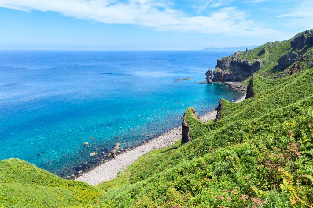 積丹近郊に広がる「積丹ブルー」の海がこれだ!